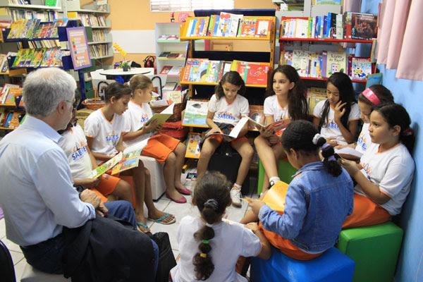 Na edição do ano passado, o educador José Pacheco compartilhou experiências da Escola da Ponte com estudantes locais