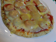 Nuked naan 'pizza'
