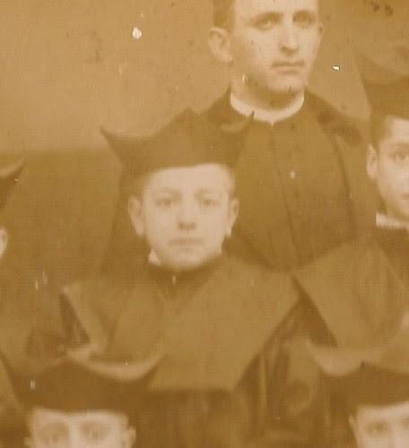 El músico Jacinto Guerrero a principio de siglo siendo alumno del Colegio Infantes