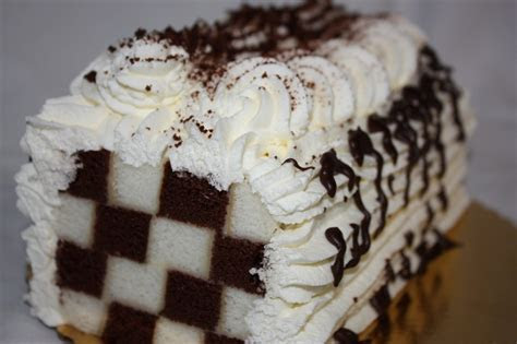 Checkerboard Cakes ? Decoration Ideas   Little Birthday Cakes