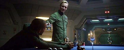 Antes de Charlie visitou Elizabeth em seus aposentos, David, um robô com uma mente inquisitiva, truques Charlie em beber uma bebida contendo DNA alienígena, sabendo que ele iria copular com Elizabeth e, portanto, dar à luz a uma criança meio-alienígena.