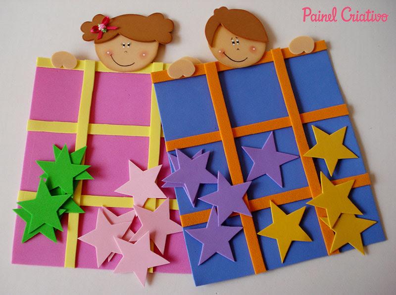 lembrancinha dia das criancas jogo da velha EVA menininho menininha brincadeira escola artesanato painel criativo 1