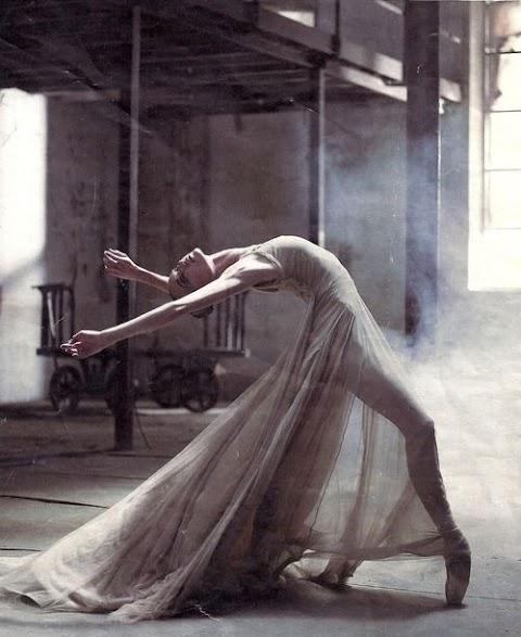 Sabes que nunca chegaste a ver-me dançar?