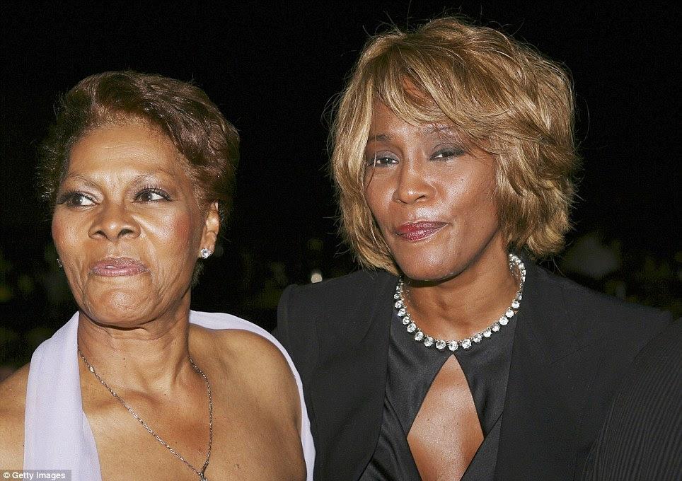 Mentores musicais: Whitney é visto aqui com Dionne em 2006