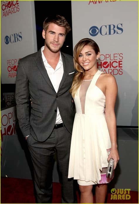 Miley Cyrus & Liam Hemsworth   People's Choice Awards 2012