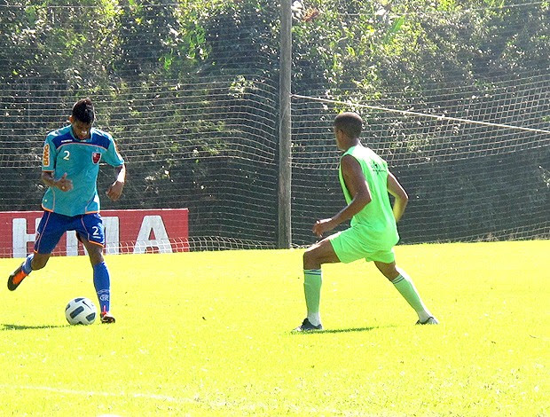 leo moura flamengo jogo-treino olaria (Foto: Richard Souza / Globoesporte.com)