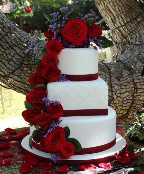Cascading rose cake   12 round/8square/6 round fondant