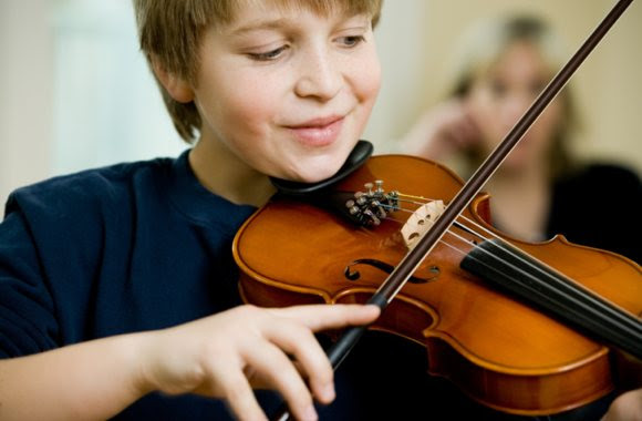 XM Canada Survey Says Kids Who Play Music Go to College or University | STUDY Magazine