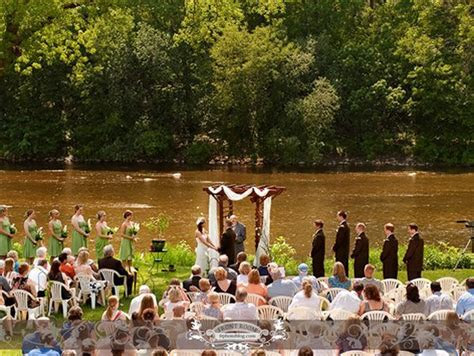 Hubbard Park Lodge Wedding Ceremony   Outdoor Wedding
