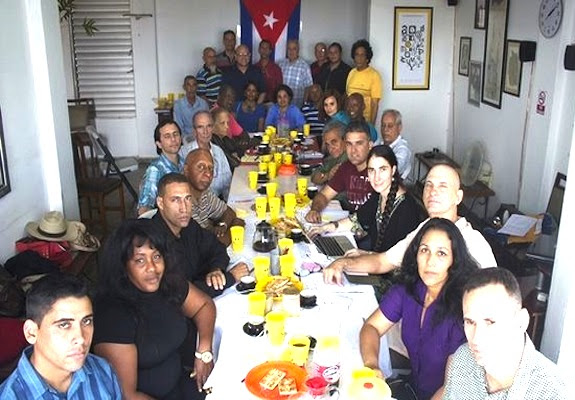 Reunion-Espacio-Abierto-sociedad-cubana_CYMIMA20141223_0001_13