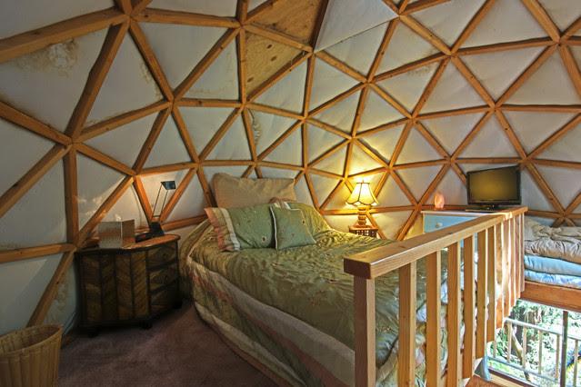 Relaxshax's Blog   tiny cabins, houses, shacks, homes, shanties