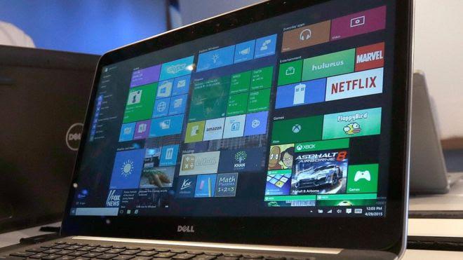 كمبيوتر محمول يعمل بنظام التشغيل Windows 10