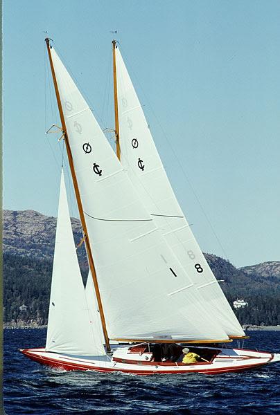 shields sailboat