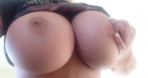 Charlotte Fox Nude Pics (@Tumblr) | Top 12 Hottest