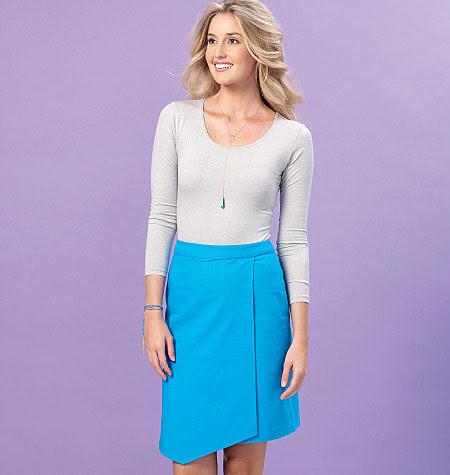 Kwik Sew Misses' Shaped-Overlay Skort and Skirt 4161