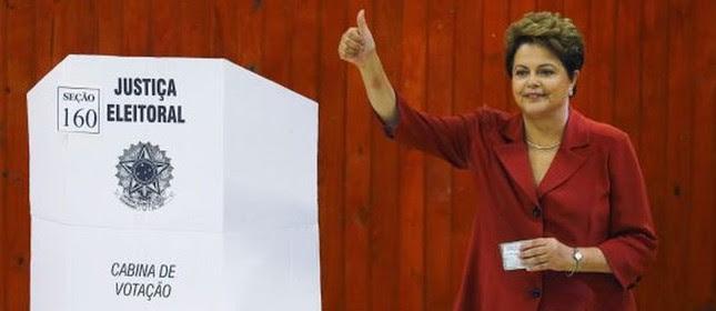 Dilma Rousseff durante a votação (Foto: Reuters)