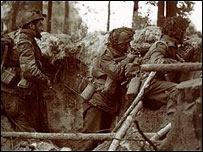 Soldados británicos en Arnhem, Holanda, 1944.