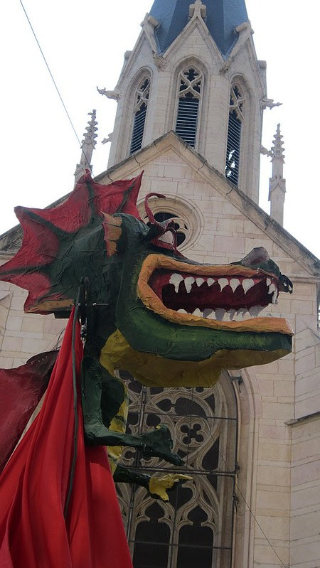 Carnaval+dragons+st-georges