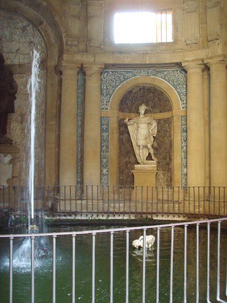 File:Palazzo Pitti, grotta 1.JPG