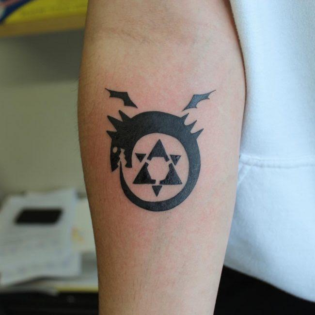 60+ Mythical Ouroboros Tattoo Ideas – What Goes Around ...