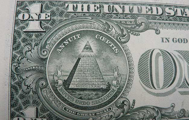 dollar_bill_pyramid