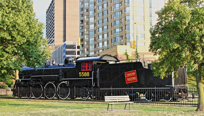 CN 5588 in Windsor Ontario