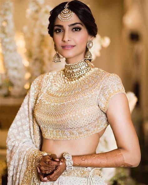 Anand Ahuja and Sonam Kapoor Wedding Photos   #SonamKiShaadi