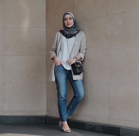 pin oleh dewes  ootd hijab fashion hijab outfit