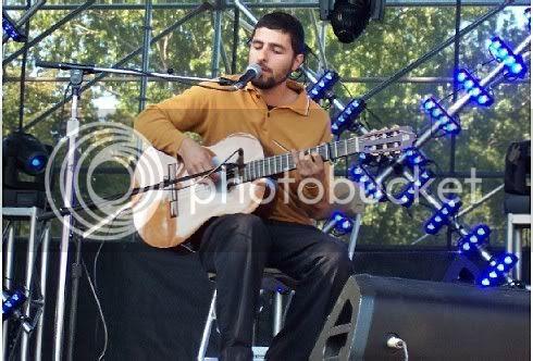Jose Gonzalez @ Virgin Festival: photo by Mike Ligon