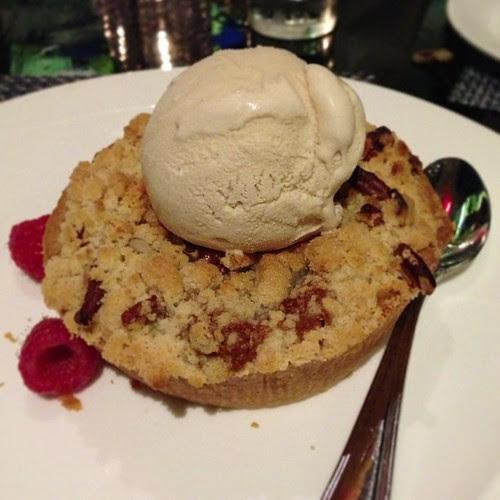 Sweet Potato Pecan Pie.  Disclosur.es/2
