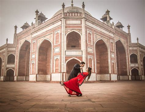 8 Best and Most Tourist Spots in Delhi for Pre Wedding