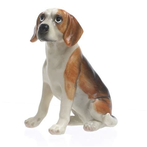 Small Sitting Beagle Dog Figurine   Table Decor   Home Decor