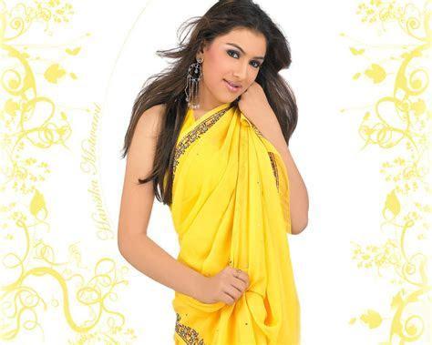 Model Hansika Motwani Yellow Dress   SheClick.com