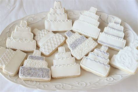 Wedding Cake Cookies   Sugar and Spice and All Things Iced