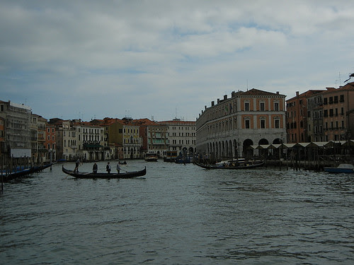 DSCN2155 - Traghetto Crossing the Grand Canal, Venezia, October 2012