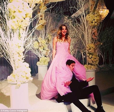 Kaley Cuoco and Ryan Sweeting marry at New Year's Eve