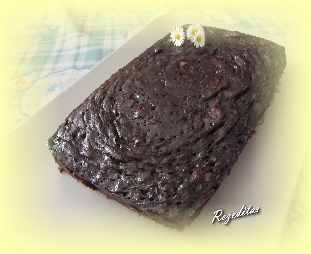 BROWNIE  DE CHOCOLATE FACIL Y LIGERO EN MICROONDAS
