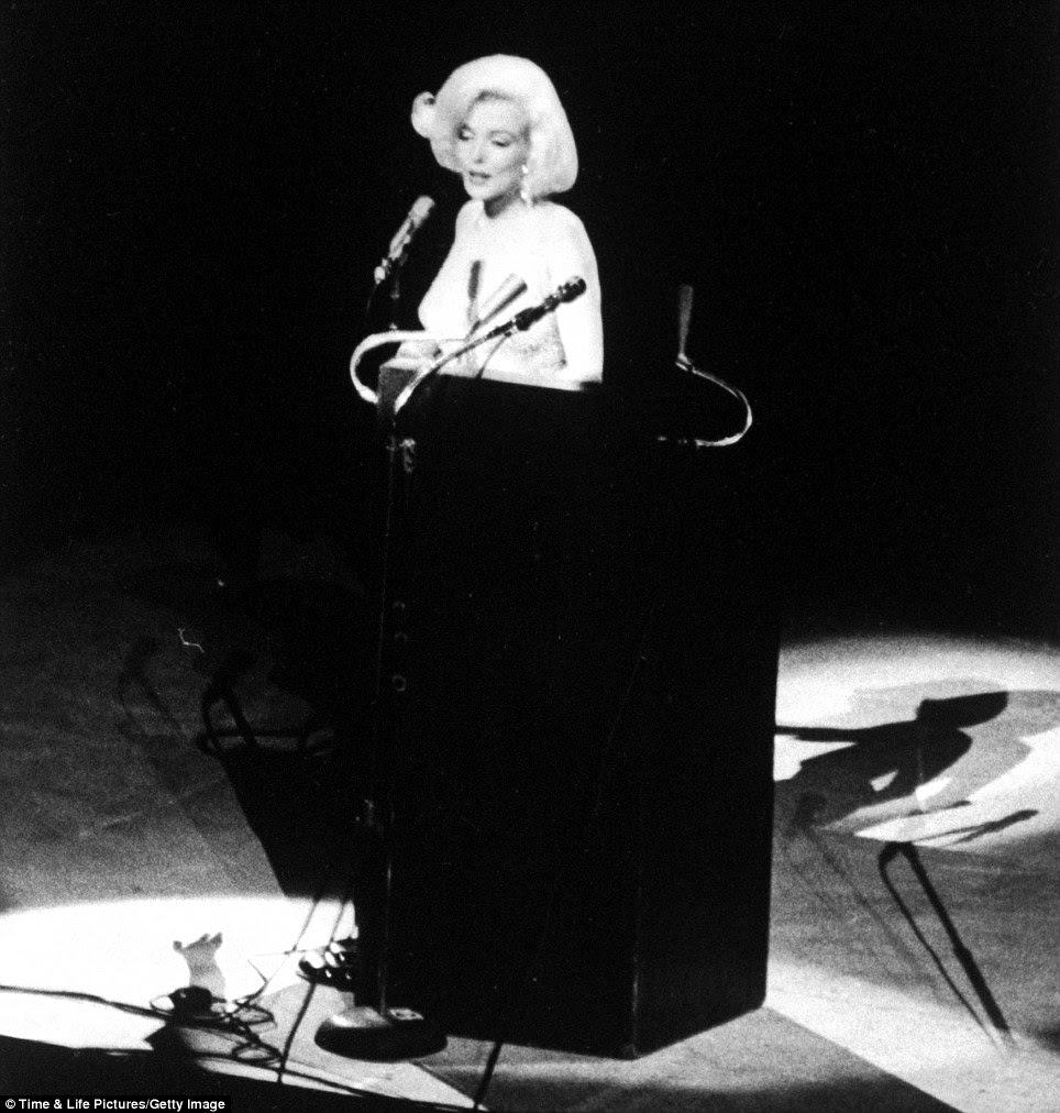 Actress Marilyn Monroe singing Happy Birthday at the Democratic rally for President John F. Kennedy's birthday