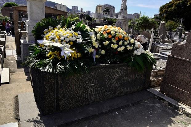 Túmulo de Guilherme Karam (Foto: Roberto Teixeira / EGO)