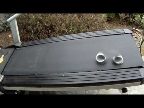 video que muestra a unos aros en una cinta de correr