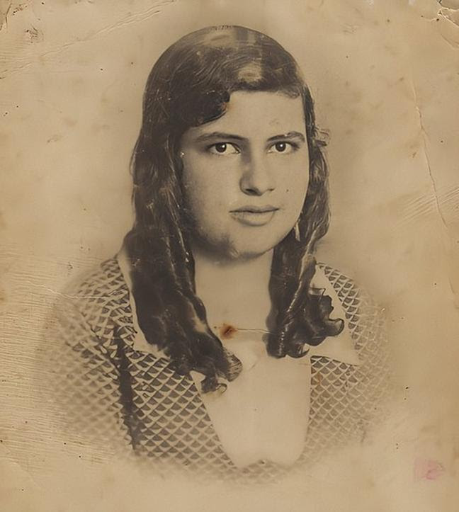 Arquivo: Irmã Dulce aos 13 anos de idade.jpg