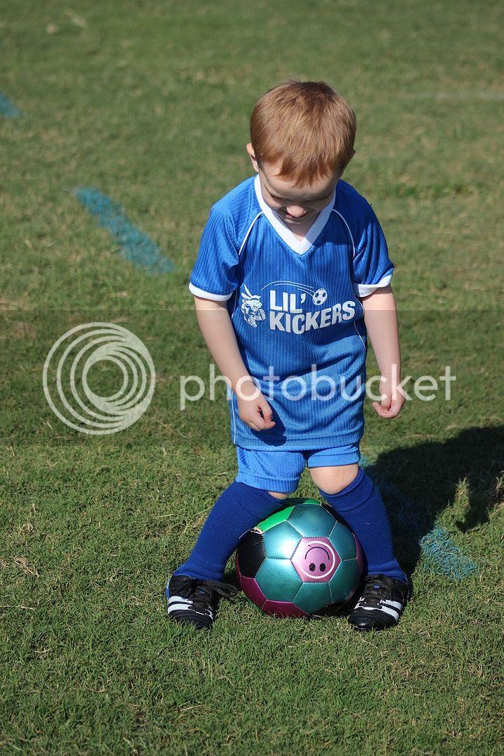 photo soccer13_zps02cdd1d7.jpg