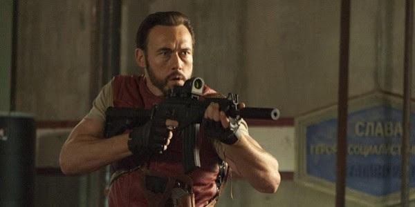Barry, Rain e Luther em novas imagens de Resident Evil 5: Retribuição