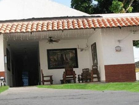 Discount Hotel La Casona