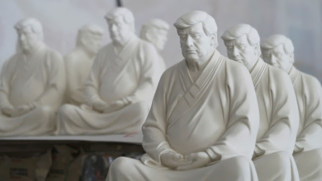 Chinese furniture maker creates statues of Donald Trump dressed in Buddhist robes https://ift.tt/3sFyauZ