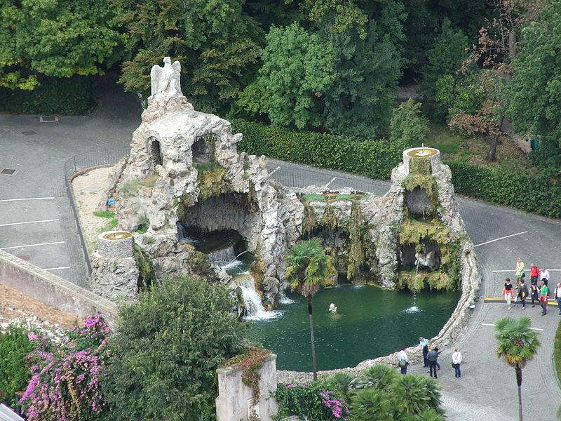 File: Fontänen av Eagle, Vatikanens trädgårdar, Rome.JPG