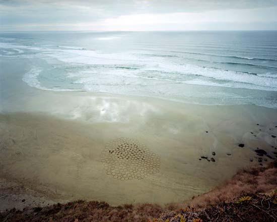 Εξωπραγματική τέχνη σε παραλίες από τον Jim Denevan (31)