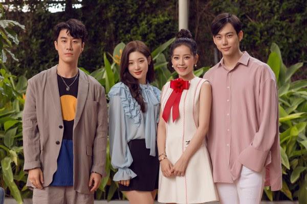 Chi Pu quả lợi hại! 'Chặt đẹp' cả Angela Phương Trinh và Tú Hảo khi diện lại thiết kế cũ - Ảnh 4.