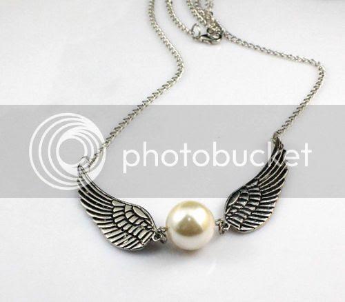 photo jewellery_zpsc8a8f1d9.jpg
