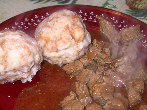 Semmelknödel and Gulasch